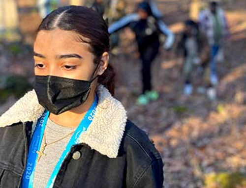 FAM Students Hike White Lake Loop